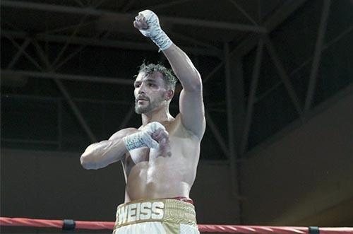 Retour en images sur la dernière victoire de Jordy Weiss face à Christopher Legendre.